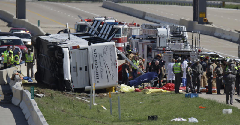 Driver in bus wreck also drove in '98 fatal crash