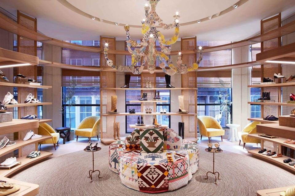 """<p><strong>Who:</strong> Tory Burch</p><p><strong>What:</strong> Soho store opening</p><p><strong>Where: </strong>151 Mercer St, New York</p><p><strong>Why:</strong> Last week, Tory Burch opened her latest boutique in the heart of Soho. Beautiful rustic elements combine with contemporary design features to create a wonderfully unique mix of old and new. The space is inviting and offers a shoe salon (pictured here) as well as classic brand offerings on the main floor.</p><p> <a class=""""link rapid-noclick-resp"""" href=""""https://go.redirectingat.com?id=74968X1596630&url=https%3A%2F%2Fwww.toryburch.com%2Fen-us%2F&sref=https%3A%2F%2Fwww.elle.com%2Ffashion%2Fshopping%2Fg37500051%2Fthe-launch-septembers-hottest-fashion-launches%2F"""" rel=""""nofollow noopener"""" target=""""_blank"""" data-ylk=""""slk:VIEW MORE"""">VIEW MORE</a><br></p>"""