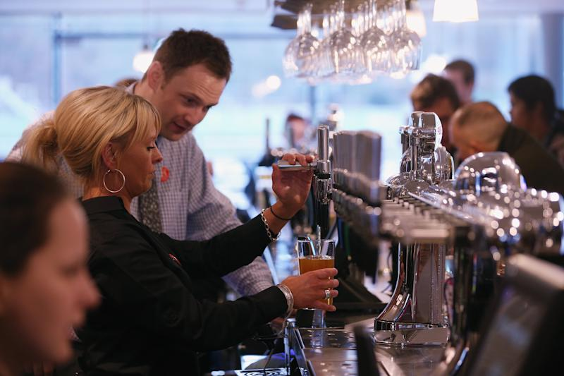 Wetherspoon 'to create 10,000 jobs over four years'