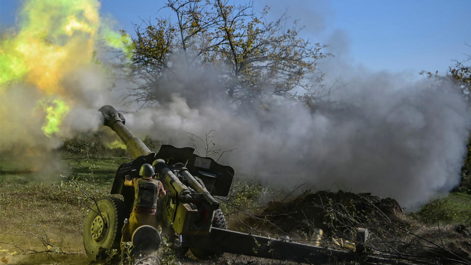 An Armenian soldier fires artillery on the front line on October 25, 2020, during the ongoing fighting between Armenian and Azerbaijani forces over the breakaway region of Nagorno-Karabakh. (Aris Messinis/AFP via Getty Images)