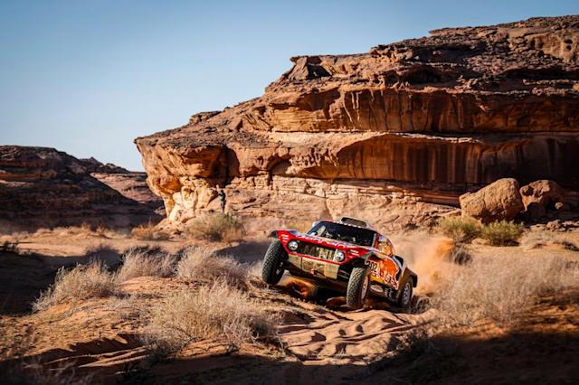 "#302 JCW X-Raid Team: Stephane Peterhansel, Paulo Fiuza <span class=""copyright"">A.S.O. </span>"