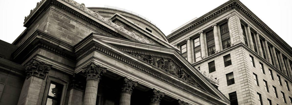Does The Financial Institutions, Inc. (NASDAQ:FISI) Share Price Fall With The Market?