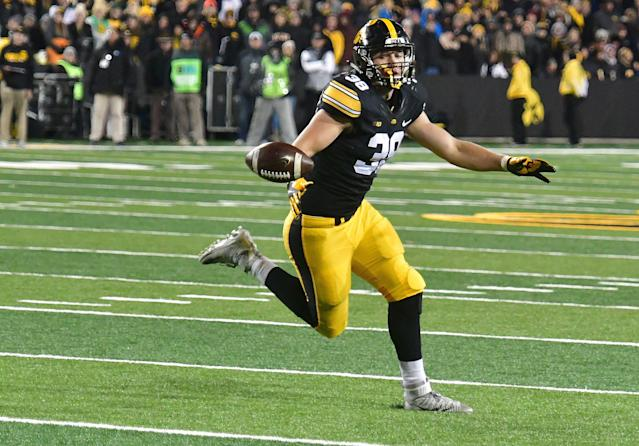 Iowa tight end T.J. Hockenson went No. 8 overall to the Detroit Lions. (Photo by Keith Gillett/Icon Sportswire via Getty Images)