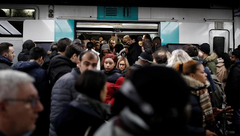SNCF strike creates nightmare losses before Christmas