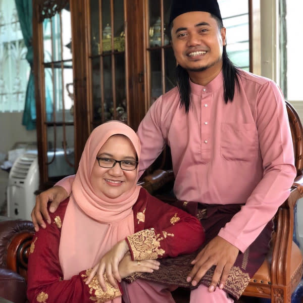 Lan and wife Sheila were also being named by Siti Nordiana in her suit