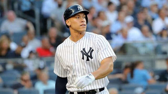 Yankees slugger Aaron Judge still hasn't resumed swinging a bat one month in his recovery from a chip fracture in his wrist. (AP)