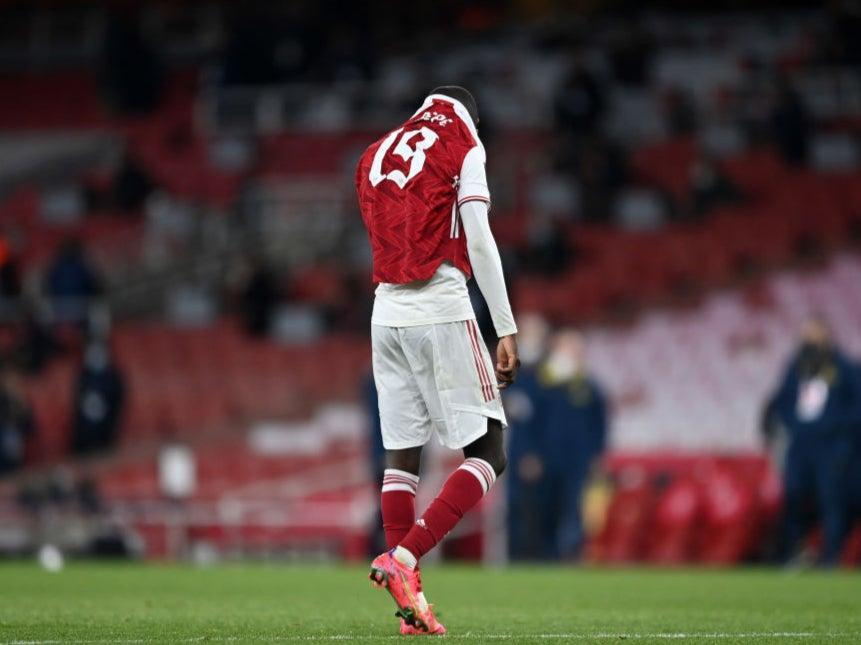 Nicolas Pepe of Arsenal looks dejected (Getty Images)