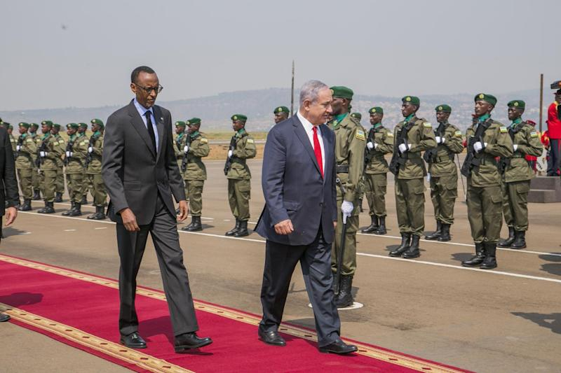 Netanyahu Heads for Africa to Find Deals, Mark Entebbe Rescue