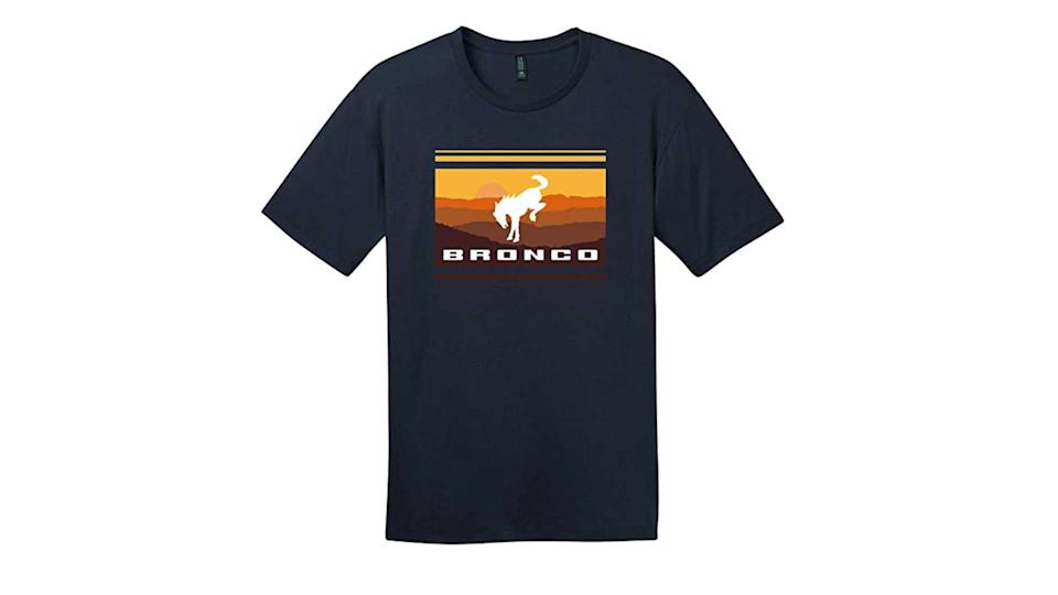 "<p>A majority of our list is apparel, and we start with this simple sunset tee that speaks for itself.</p>   <ul><li><a href=""https://www.motor1.com/news/431995/watch-2021-ford-bronco-debut-july-13/?utm_campaign=yahoo-feed"" rel=""nofollow noopener"" target=""_blank"" data-ylk=""slk:How To Watch The 2021 Ford Bronco Debut On July 13"" class=""link rapid-noclick-resp"">How To Watch The 2021 Ford Bronco Debut On July 13</a></li><br><li><a href=""https://www.motor1.com/news/432769/2021-ford-bronco-spy-shots-interior/?utm_campaign=yahoo-feed"" rel=""nofollow noopener"" target=""_blank"" data-ylk=""slk:2021 Ford Bronco Spy Shots Reveal Off-Roader's Interior"" class=""link rapid-noclick-resp"">2021 Ford Bronco Spy Shots Reveal Off-Roader's Interior</a></li><br></ul>"