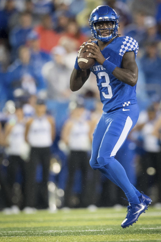 Kentucky quarterback Terry Wilson (3) drops back to pass the ball during an NCAA college football game played against Mississippi State in Lexington, Ky., Saturday, Sept. 22, 2018. (AP Photo/Bryan Woolston)