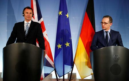 German Foreign Minister Heiko Maas and Britain's Foreign Secretary Jeremy Hunt give a statement to the media in Berlin, Germany, February 20, 2019.    REUTERS/Fabrizio Bensch