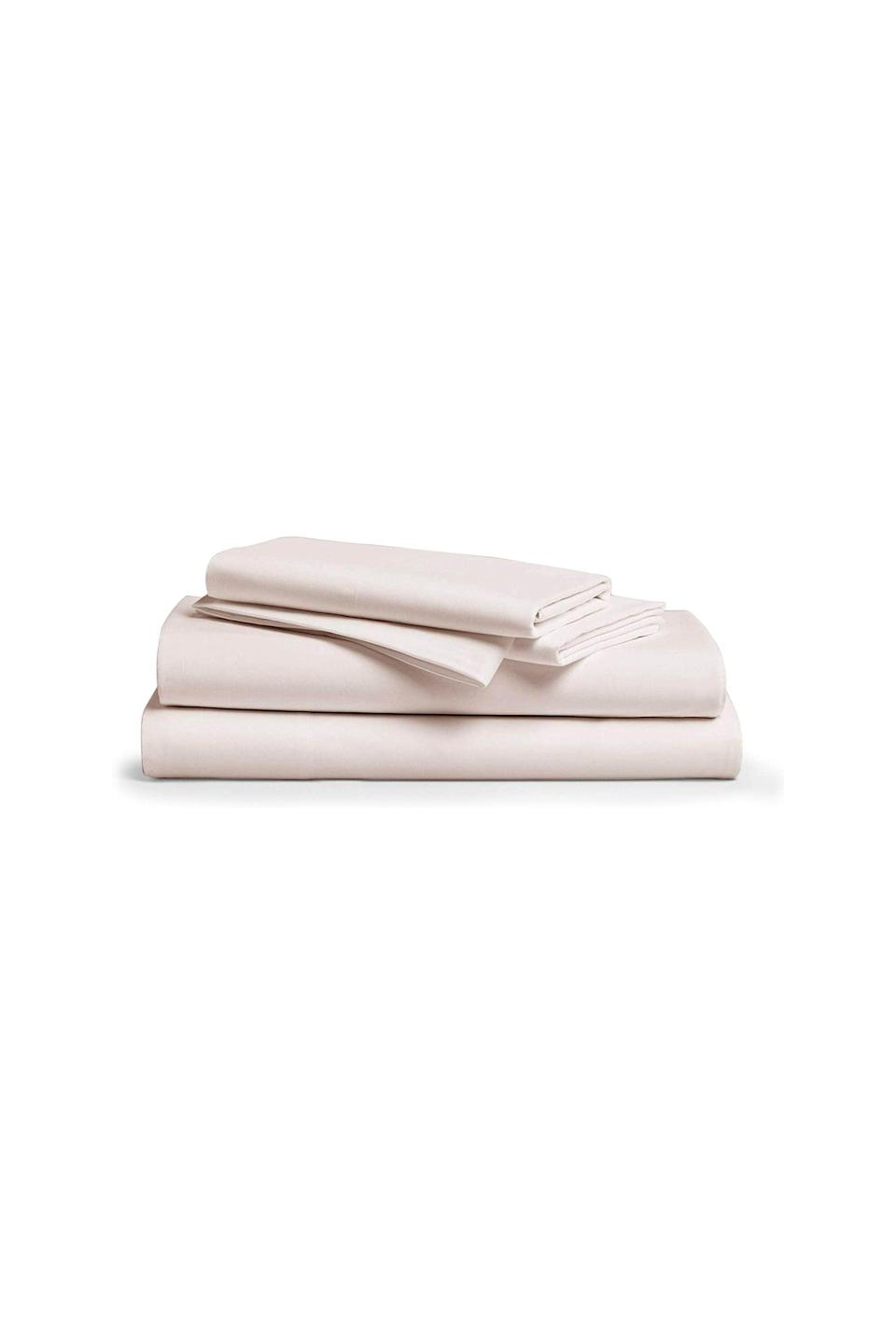 """<p><strong>Comfy Sheets</strong></p><p>Amazon</p><p><a href=""""https://www.amazon.com/dp/B078C6C26R?tag=syn-yahoo-20&ascsubtag=%5Bartid%7C10049.g.31275980%5Bsrc%7Cyahoo-us"""" rel=""""nofollow noopener"""" target=""""_blank"""" data-ylk=""""slk:shop now"""" class=""""link rapid-noclick-resp"""">shop now</a></p><p>Get your regal on with these top-rated silky-smooth sheets made from Egyptian cotton. </p>"""