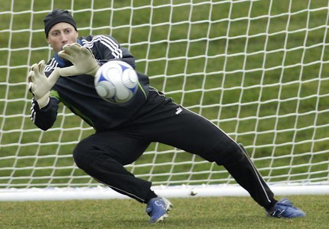 Keller was the veteran presence for the expansion Sounders. (AP Photo)