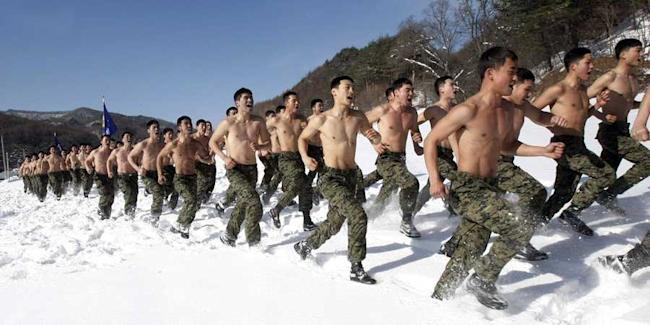 south korea, military exercise, jan 2011, snow