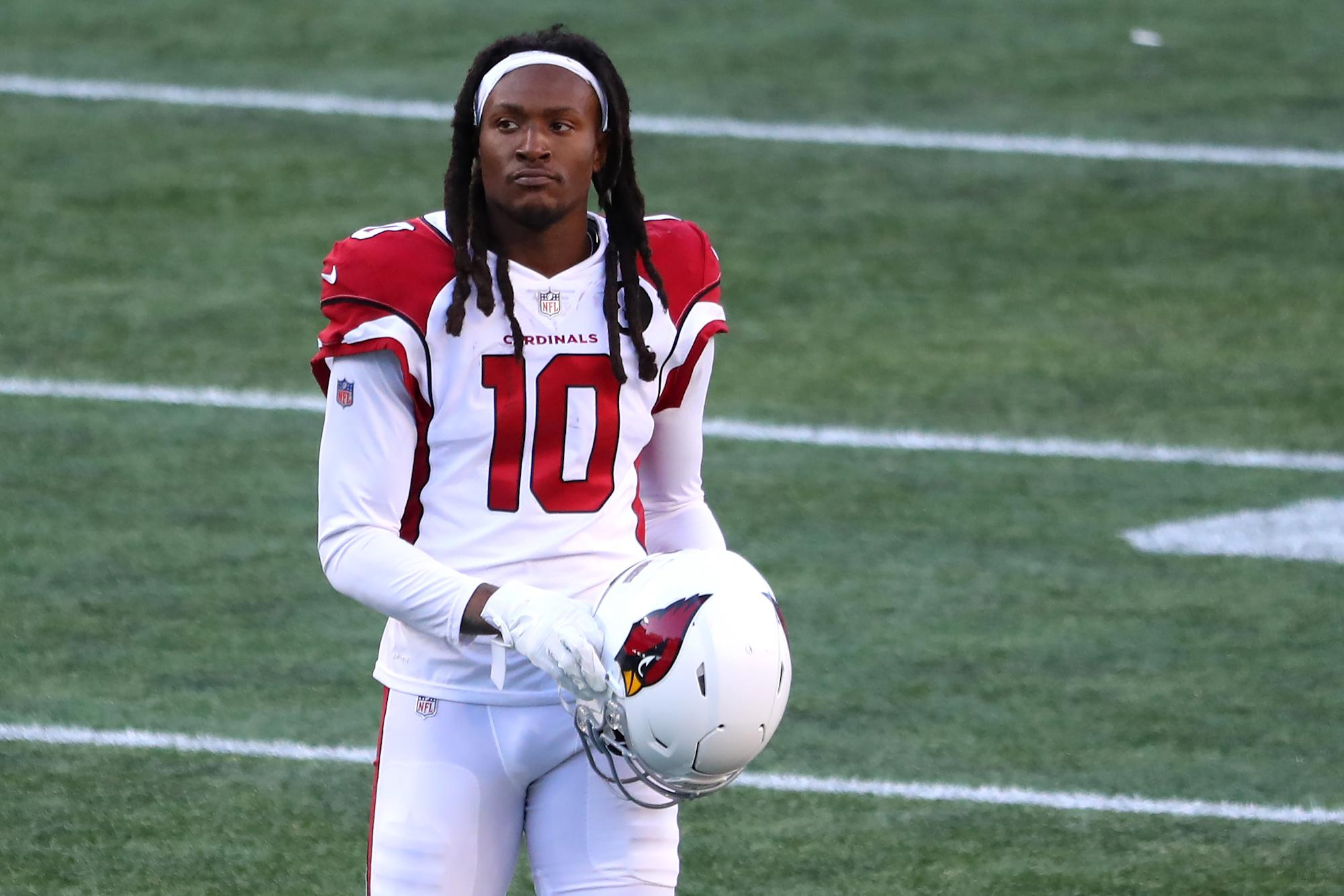 DeAndre Hopkins: NFL vaccine policy 'making me question my future in the NFL'