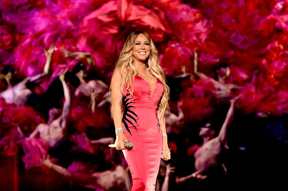 LOS ANGELES, CA - OCTOBER 09:  Mariah Carey performs onstage during the 2018 American Music Awards at Microsoft Theater on October 9, 2018 in Los Angeles, California.  (Photo by John Shearer/AMA2018/Getty Images For dcp)
