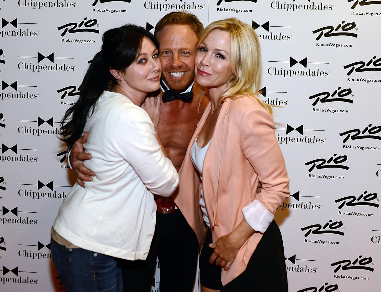 LAS VEGAS, NV - JUNE 30:  90210 reunion Shannen Doherty, Ian Ziering and Jennie Garth at CHIPPENDALES at Rio Hotel and Casino on June 30, 2013 in Las Vegas, Nevada.  (Photo by Denise Truscello/WireImage)