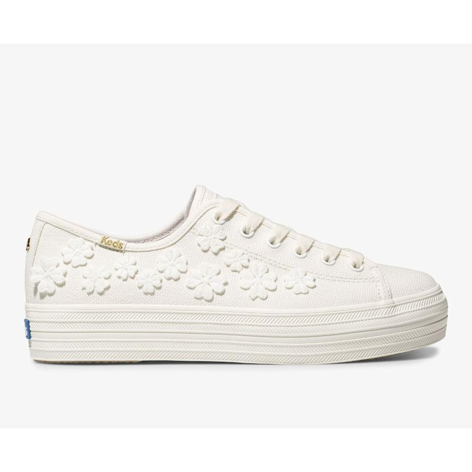 "<p>Wear these <a href=""https://www.popsugar.com/buy/Keds-x-Kate-Spade-New-York-Triple-Kick-Woven-Flower-Sneakers-584510?p_name=Keds%20x%20Kate%20Spade%20New%20York%20Triple%20Kick%20Woven%20Flower%20Sneakers&retailer=keds.com&pid=584510&price=100&evar1=fab%3Aus&evar9=47571677&evar98=https%3A%2F%2Fwww.popsugar.com%2Ffashion%2Fphoto-gallery%2F47571677%2Fimage%2F47571939%2FKeds-x-Kate-Spade-New-York-Triple-Kick-Woven-Flower-Sneakers&list1=shopping%2Cshoes%2Csneakers%2Csummer%2Csummer%20fashion%2Cfashion%20shopping&prop13=mobile&pdata=1"" rel=""nofollow"" data-shoppable-link=""1"" target=""_blank"" class=""ga-track"" data-ga-category=""Related"" data-ga-label=""https://www.keds.com/en/keds-x-kate-spade-new-york-triple-kick-woven-flowers/41692W.html?dwvar_41692W_color=WF63081"" data-ga-action=""In-Line Links"">Keds x Kate Spade New York Triple Kick Woven Flower Sneakers</a> ($100) with a sundress.</p>"