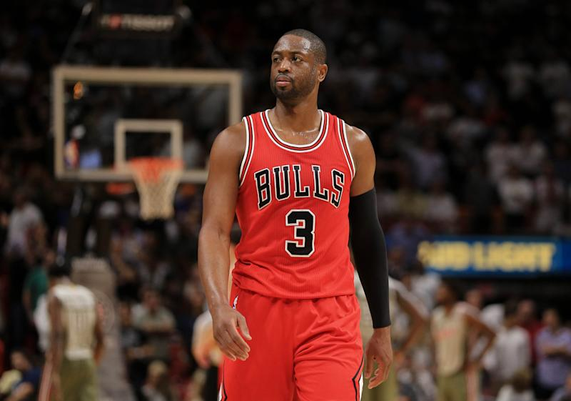 135fba9a9392 Basket - Wade stars as Chicago Bulls beat Miami