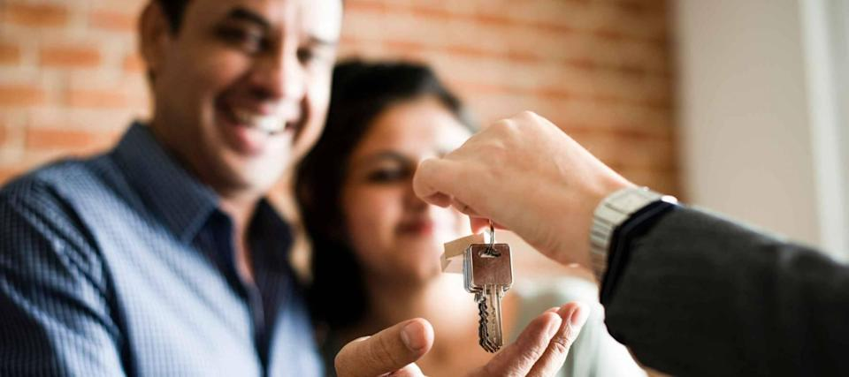 How you can buy a home with a low-down-payment FHA mortgage