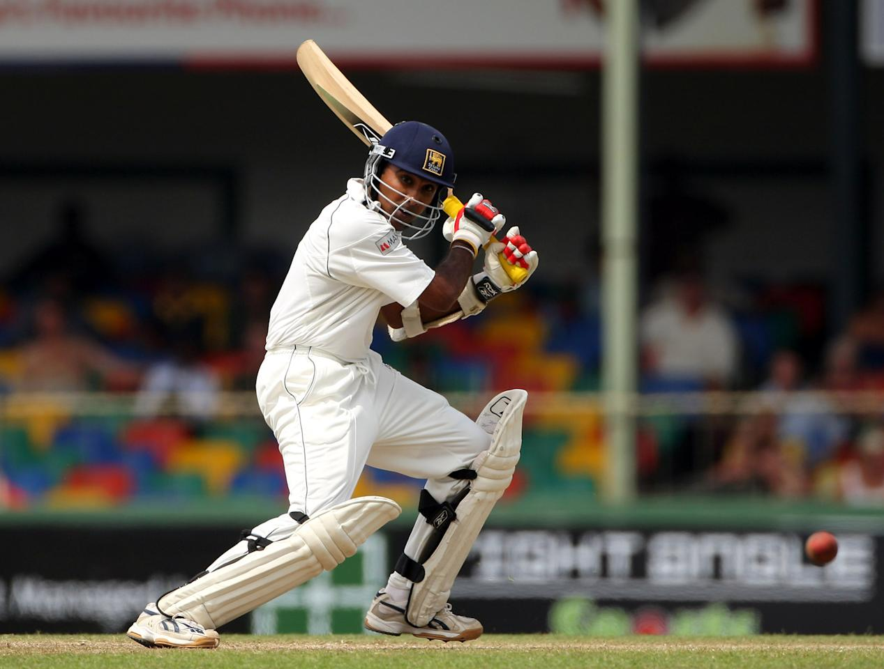 COLOMBO, SRI LANKA - DECEMBER 11:  Mahela Jayawardene of Sri Lanka cuts a ball to the boundary during day three of the second Test match between Sri Lanka and England at Sinhalese Sports Ground on December 11, 2007 in Colombo, Sri Lanka.  (Photo by Stu Forster/Getty Images)