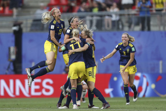 Players of Sweden celebrate after the 2019 FIFA Women's World Cup France Quarter Final match between Germany and Sweden at Roazhon Park on June 29, 2019 in Rennes, France. (Photo by Maja Hitij/Getty Images)