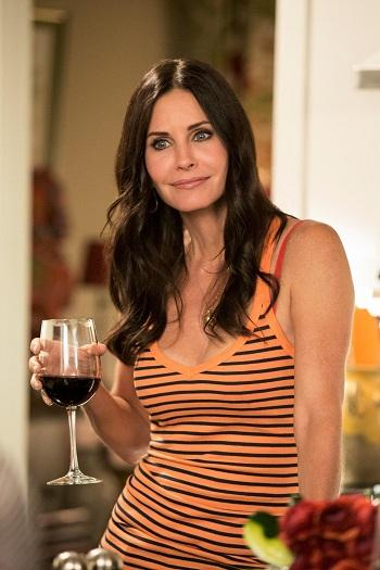 'Cougar Town' Renewed for Season 5 by TBS