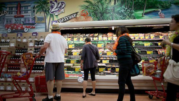 PHOTO: Shoppers attend the grand opening of a Trader Joe's on Oct. 18, 2013, in Pinecrest, Fla. (Joe Raedle/Getty Images, FILE)