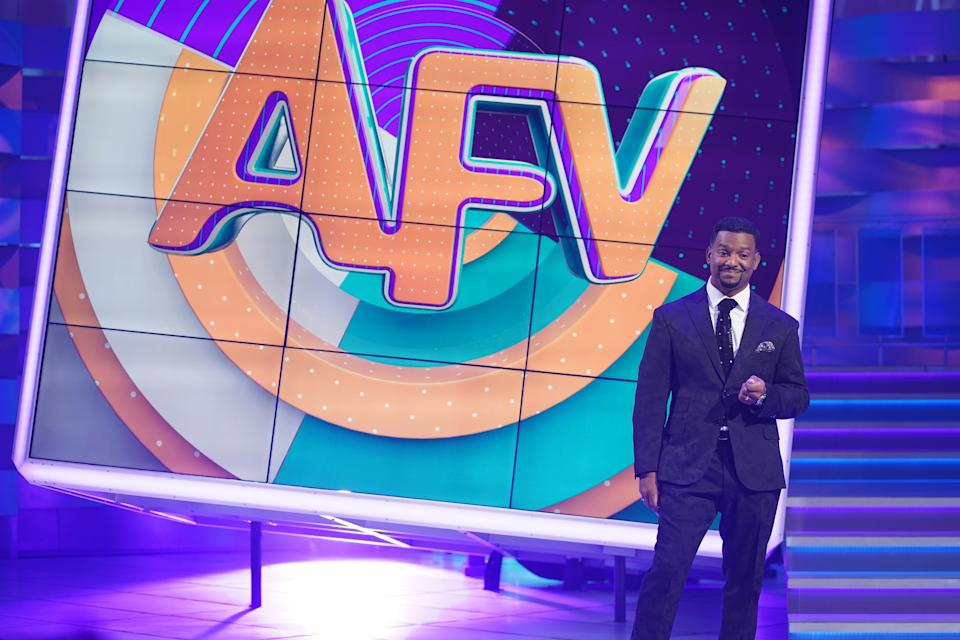 Alfonso Ribeiro hosting Season 31 of