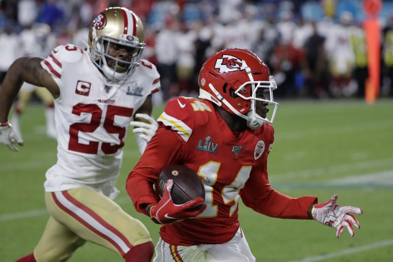 Kansas City Chiefs receiver Sammy Watkins (14) had one of the biggest plays of Super Bowl LIV, beating San Francisco 49ers cornerback Richard Sherman (25). (AP Photo/Seth Wenig)