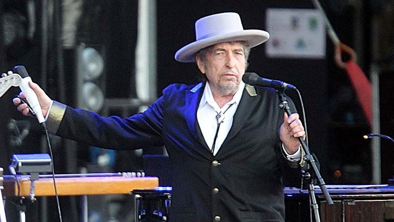 Bob Dylan to Finally Receive Nobel Prize in Stockholm