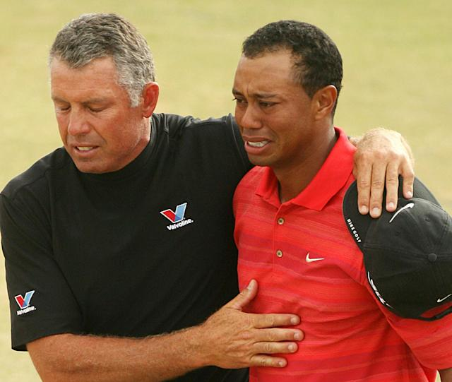 <p>An emotional Tiger Woods won the 2006 British Open just months after his father died. </p>