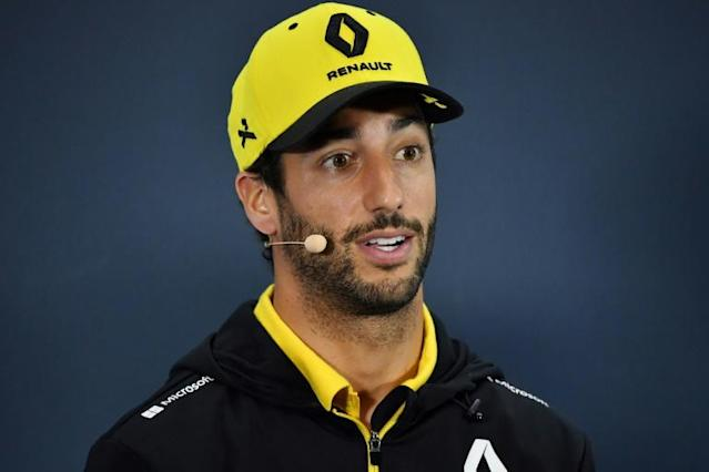 Ricciardo says his focus is on Renault, but will answer the phone (AFP Photo/NELSON ALMEIDA)