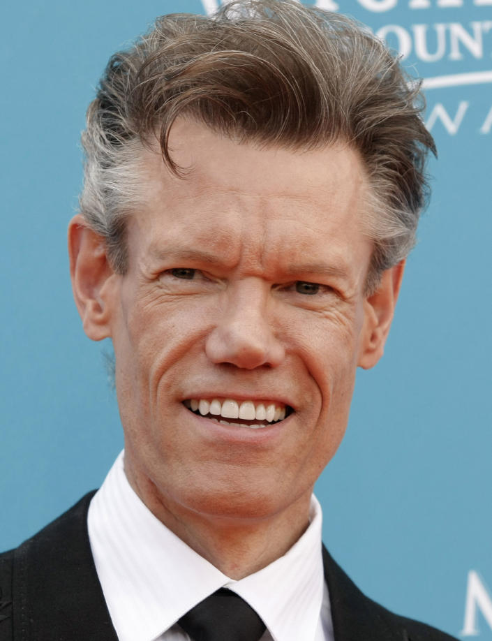 Country singer Randy Travis arrested, accused of DWI