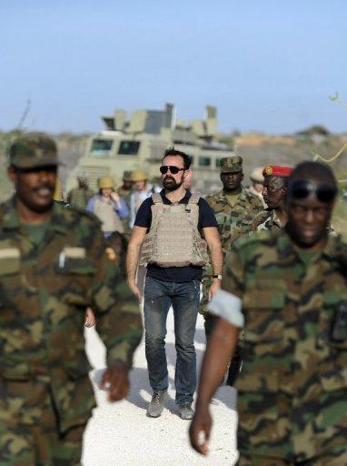 Russia's Evgeny Lebedev (C) seen here amongst African Union troops in Somalia's war-shattered capital Mogadishu