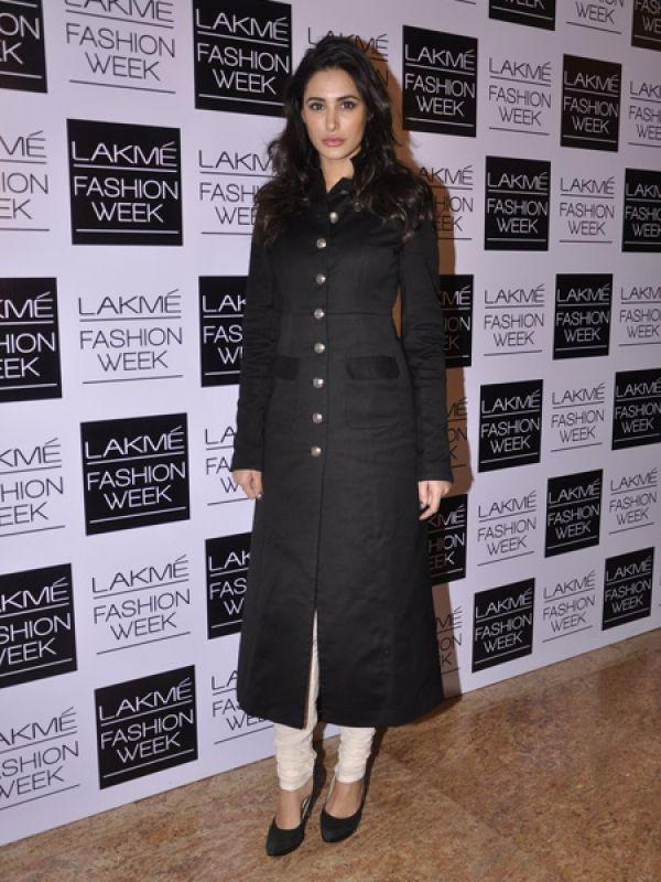 <p><strong>Nargis Fakhri</strong>: Nargis was spotted in Sabyasachi's creation which derives inspiration from the men's wardrobe. This bandhgala kurta is too hot.</p>