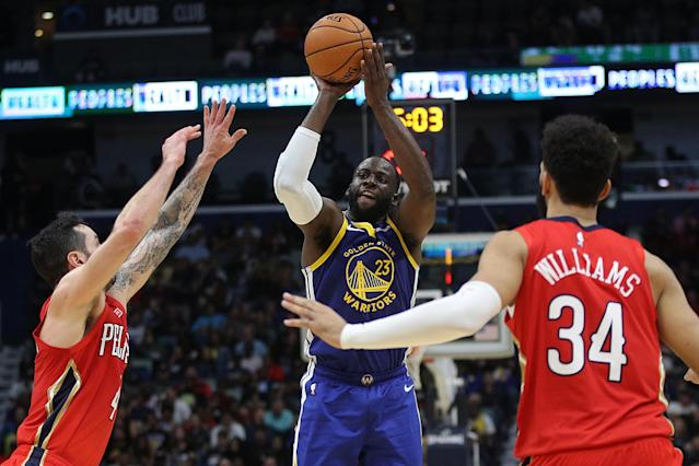 """<a class=""""link rapid-noclick-resp"""" href=""""/nba/players/5069/"""" data-ylk=""""slk:Draymond Green"""">Draymond Green</a> is a rare healthy, active player in Sunday night's Warriors-Pelicans game. (Photo by Chris Graythen/Getty Images)"""