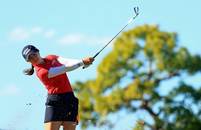 Kim Sei-young is one shot clear at the halfway stage of the Pelican Women's Championship in Florida after shooting a five-under-par 65 on Friday