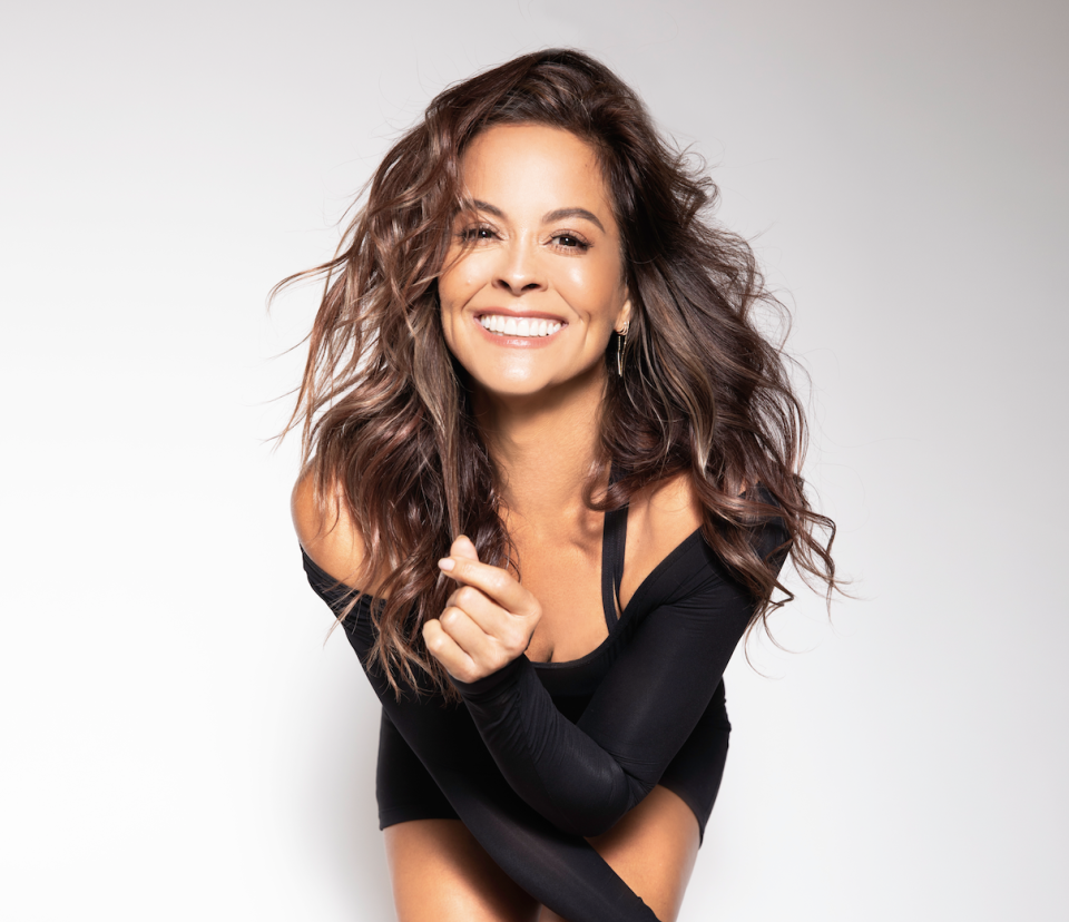 """<p>The past two years have been transformative for actress and fitness expert <a href=""""https://www.womenshealthmag.com/food/a33655830/brooke-burke-diet/"""" rel=""""nofollow noopener"""" target=""""_blank"""" data-ylk=""""slk:Brooke Burke"""" class=""""link rapid-noclick-resp"""">Brooke Burke</a>. After 12 years together, the 49-year-old filed for divorce from husband David Charvet in 2018—and began a journey of self-discovery. """"We are so committed to finding fulfillment through falling in love, marriage, and raising a family,"""" says Brooke, """"but learning how to fall in love with yourself is very important too."""" </p><p>That's why the mother of four, cancer survivor, and founder of the fitness app <a href=""""https://www.instagram.com/brookeburkebody/"""" rel=""""nofollow noopener"""" target=""""_blank"""" data-ylk=""""slk:Brooke Burke Body"""" class=""""link rapid-noclick-resp"""">Brooke Burke Body</a> is focused on carving out time for herself—and using techniques like breathwork and meditation to dig deeper. """"I like guided meditation,"""" she says. She's also curated a number of <a href=""""https://open.spotify.com/user/bbcharvet"""" rel=""""nofollow noopener"""" target=""""_blank"""" data-ylk=""""slk:Spotify playlists"""" class=""""link rapid-noclick-resp"""">Spotify playlists</a> (with names like """"Serenity"""" and """"Meditation Affirmations"""") for when she wants to zen out. """"Some are instrumental; some have words. Music inspires my thought process."""" </p><p>All this is to say that for Brooke, wellness isn't just physical—it's mental too. But when she does want to work up a sweat, she's figured out a fitness routine that's clearly working for her. Chief amongst her exercise mantras? Embrace the bite-size burn. """"I've learned how to work out more efficiently at this stage of my life. I spend less time exercising because I do compound moves using multiple body parts—like squat presses or down dogs into planks into pushups. I can do a total-body workout in 15 minutes, head to toe."""" </p><h2 class=""""body-h2""""> Read on for 5 more ways Brooke Burke keeps her fitness ro"""