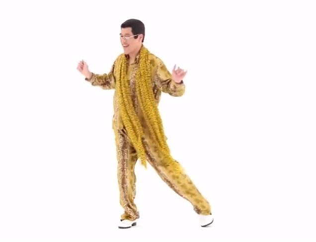 This japanese song about a pen pineapple apple pen is blowing up