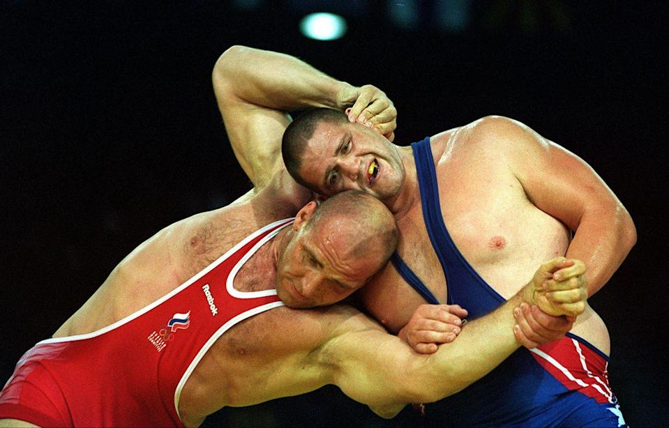 <p>No one expected American wrestler Rulon Gardner to beat three-time Olympic champion Alexander Karelin of the Soviet Union, who hadn't lost a match in 13 straight years. But Gardner shocked the world, defeating Karelin 1-0 in overtime for the gold in gold in Greco-Roman wrestling. </p>