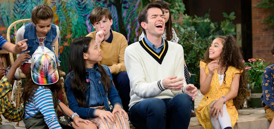 Mulaney with the cast. (Photo: Jeffrey Neira/Netflix)
