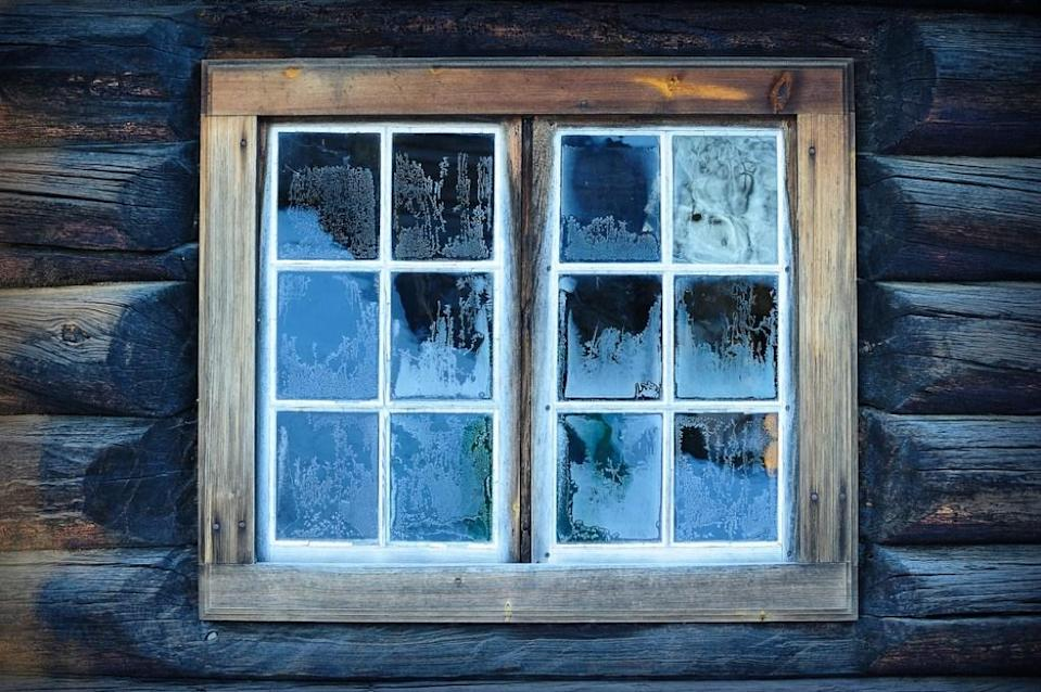 "Similarly, if your windows are consistently getting stuck shut, the issue may be more than just ill-fitting panes. ""If the windows don't open, it can mean warped window frames and/or home settling, which can be expensive to fix,"" says <a href=""http://sparkrental.com"" rel=""nofollow noopener"" target=""_blank"" data-ylk=""slk:real estate investor"" class=""link rapid-noclick-resp"">real estate investor</a>, <strong>Brian Davis</strong>, co-founder at SparkRental.com."