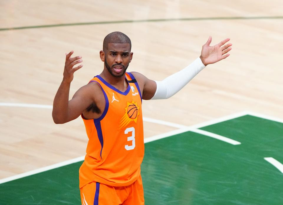 Phoenix Suns guard Chris Paul agreed to a four-year, $120 million deal.