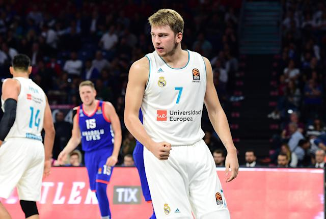 "in action during the 2017-18 Turkish Airlines EuroLeague Regular Season Round 1 game between Anadolu Efes Istanbul and <a class=""link rapid-noclick-resp"" href=""/soccer/teams/real-madrid/"" data-ylk=""slk:Real Madrid"">Real Madrid</a> at Sinan Erdem Dome on Oct. 12. (Getty)"