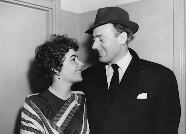 Elizabeth Taylor had seven husbands in total. Michael Wilding was the only lucky one who was proposed to. She reportedly popped the question shortly before they got married in 1952. They went on to have two children together. (Getty Images)
