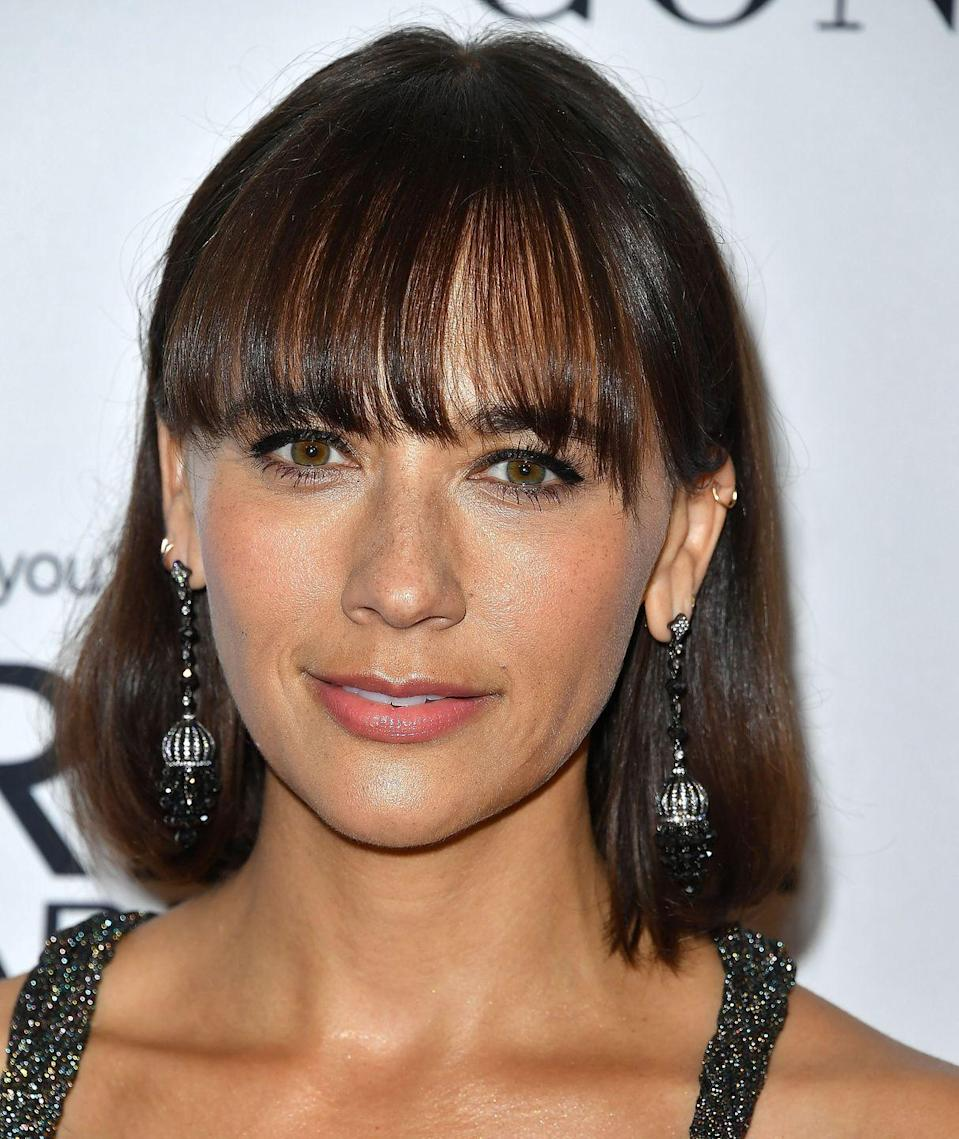 <p>Fringes are Rashida's thing - whether side swept or blunt bangs. This isn't the shortest cut she's ever had, but it's one of the bluntest, so the fringe is a great complement to the look.</p>