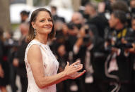 Jodie Foster poses for photographers upon arrival at the premiere of the film 'Annette' and the opening ceremony of the 74th international film festival, Cannes, southern France, Tuesday, July 6, 2021. (AP Photo/Brynn Anderson)