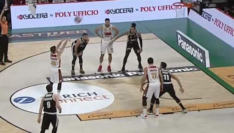 La Reyer piega la Virtus all'overtime