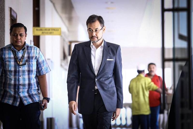 Former 1MDB chief executive officer Datuk Shahrol Azral Ibrahim Halmi is pictured at the Kuala Lumpur Court Complex October 16, 2019. ― Picture by Hari Anggara